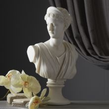 Bust of Diana - Cleared Décor