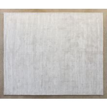 8' x 10' Hand-loomed Rug in Snow