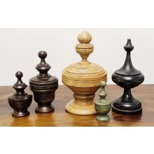 Set Of 5 Assorted Wooden Finials - Cleared Decor